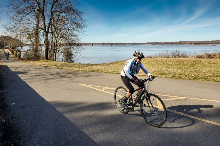 https://www.littlerock.com/images/default-source/blogs/river-trail_2020-08-20_road-cycling_v1_750x500.jpg?sfvrsn=6c7e6eb7_2