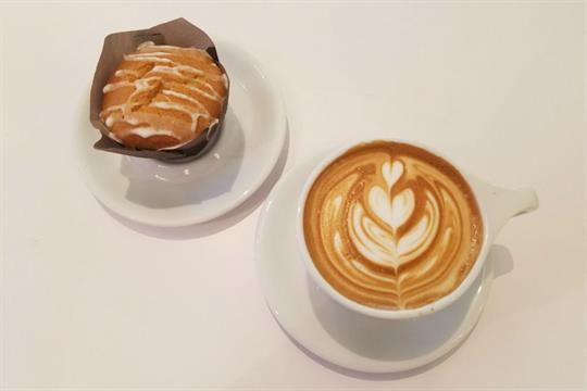 Blue Sail Coffee-coffee and muffin-840x600