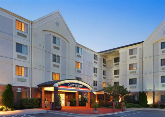 Candlewood Suites-exterior 1-840x600