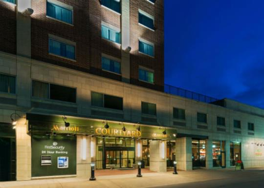 Courtyard by Marriott-River Market-exterior 1-560x400