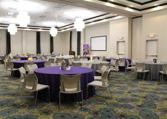 hilton garden inn west banquet room 560x400 - Hilton Garden Inn West Little Rock