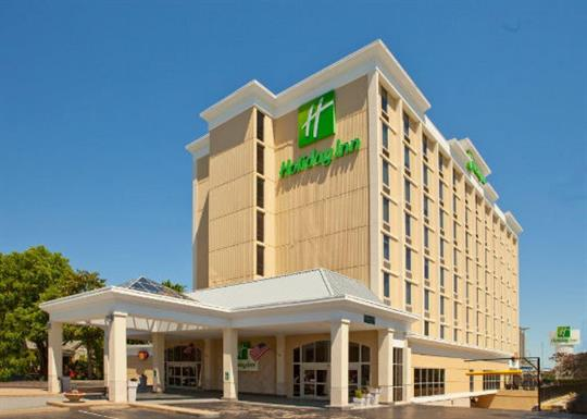 Holiday Inn Presidential-exterior-day-560x400