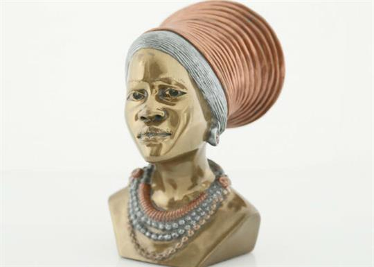 Art of Africa-African woman bust-560x400