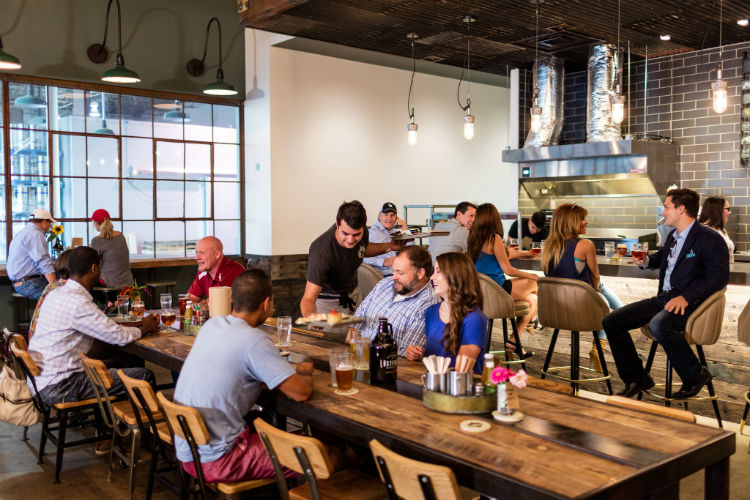 Lost Forty Brewing-dining room